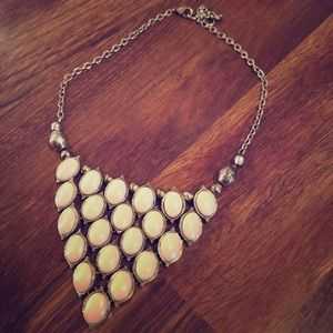 Jewelry - Used triangle circle dropped necklace